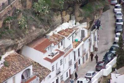 Ciudad extraña en España.