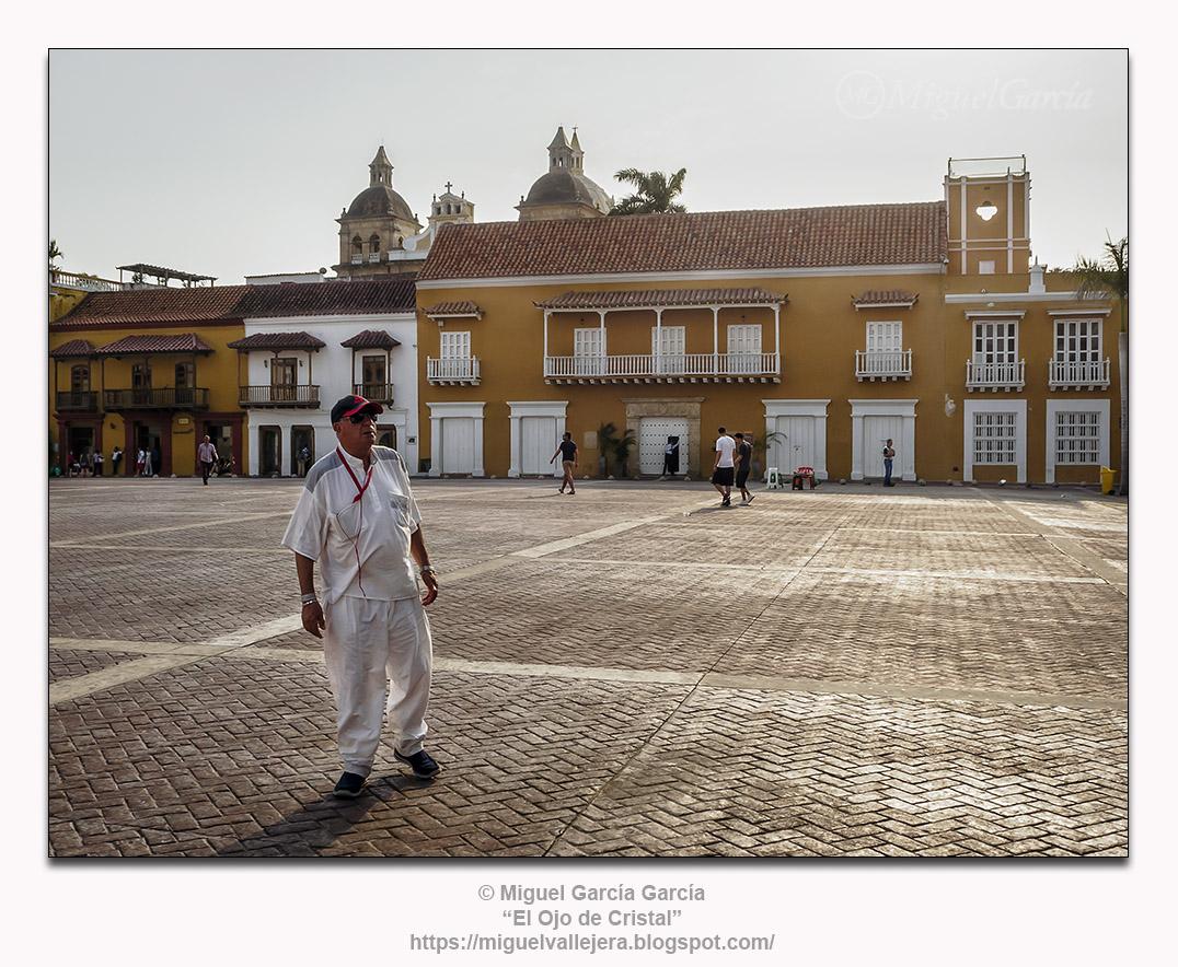Cartagena de Indias, Plaza de la Aduana.