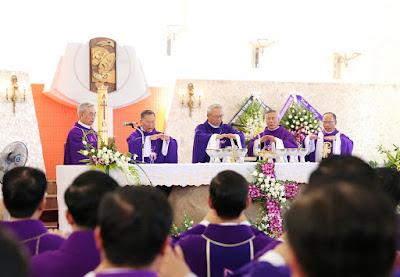 GP Bà Rịa: Thánh lễ an táng Cha Cố Phêrô Nguyễn Văn Giản - Ảnh minh hoạ 25