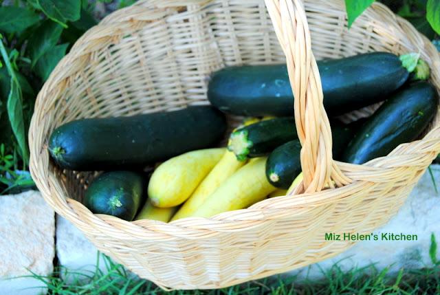 Garden Squash Gratin at Miz Helen's Country Cottage