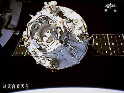 चीन तैयार कर रहा अपना खुद का स्पेस स्टेशन, 2022 तक भेज सकता है इंसानो को वह पर।