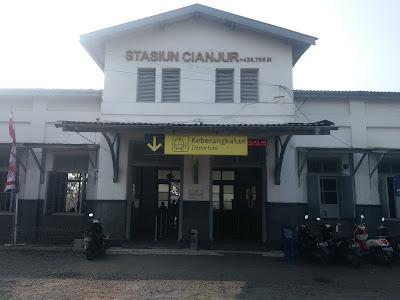 Jadwal Keberangkatan dan Harga Tiket Kereta Api Siliwangi Cianjur - Sukabumi, Sukabumi - Cianjur