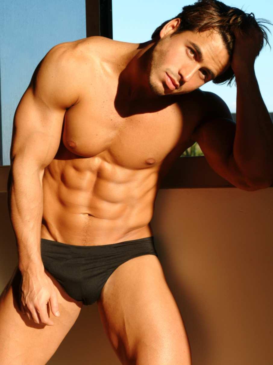 Nude Adonis