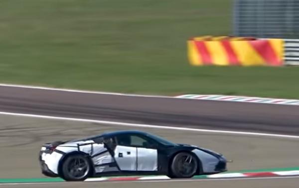 Motor V6 híbrido Ferrari
