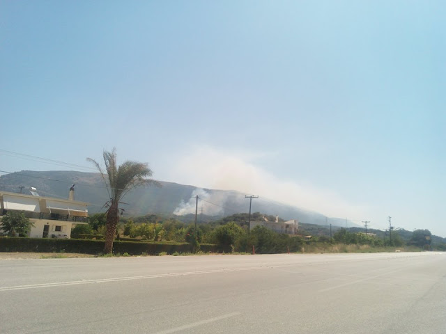 Μεγάλη φωτιά αυτή τη στιγμή στην Σκορπιώνα Θεσπρωτίας (+ΦΩΤΟ)