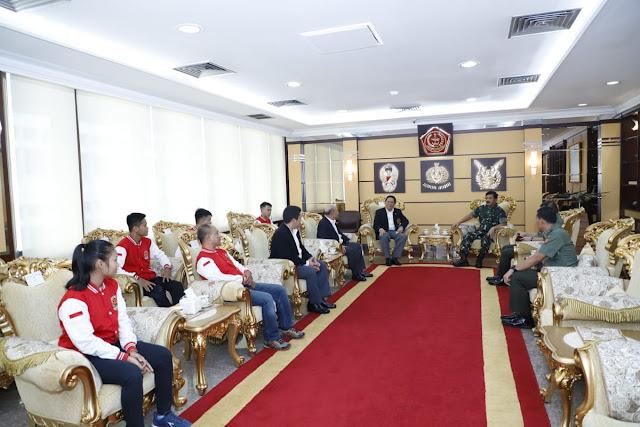 Panglima TNI Terima Pengurus Karate Kandaga Prana Shokaido