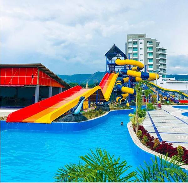 Labersa Toba Fantasi Waterpark Balige