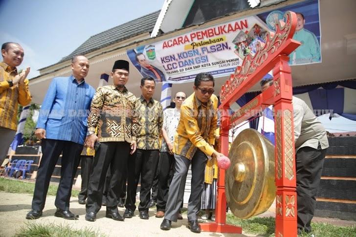 Lomba KSN, KOSN, FL2SN, LCC dan GSI Dibuka Sekda Munasri