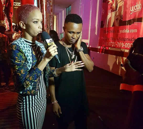 See funny reactions from fans as MTV's Samantha Walsh interviews Humblesmith