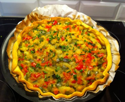 Mediterranean pie with summer vegetables