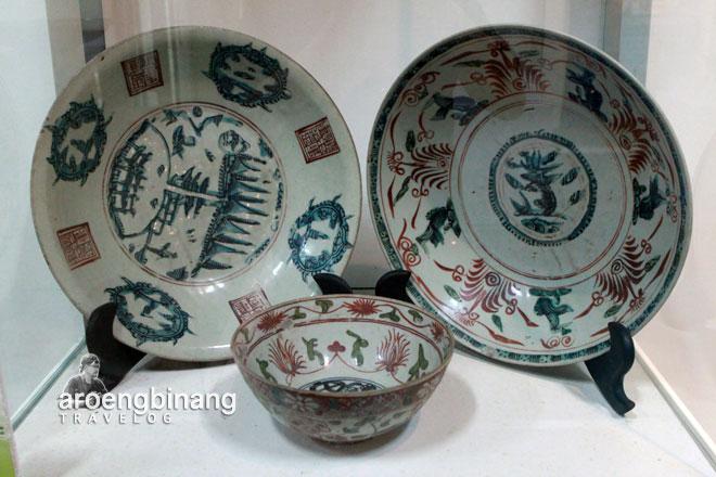 piring mangkuk sancai eropa cap majaphit museum seni rupa dan keramik jakarta