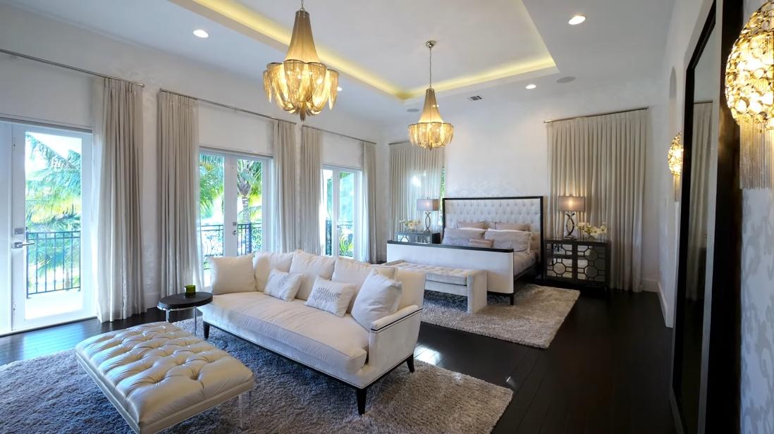 58 Interior Design Photos vs. 2314 NE 25th St, Lighthouse Point, FL Luxury House Tour