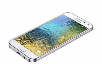 dia chi thay mat kinh Samsung E7 lay ngay
