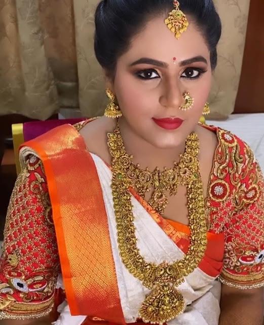 Bride in Unique Nakshi Jewellery