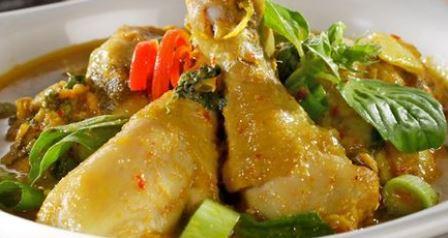 3 Langkah Membuat Ayam Woku, Hidangan Lezat Untuk Makan Malam