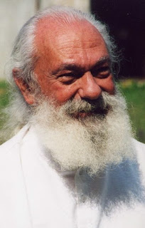 Tiziano Terzani, pictured on a visit to his homeland, Italy, in 2002