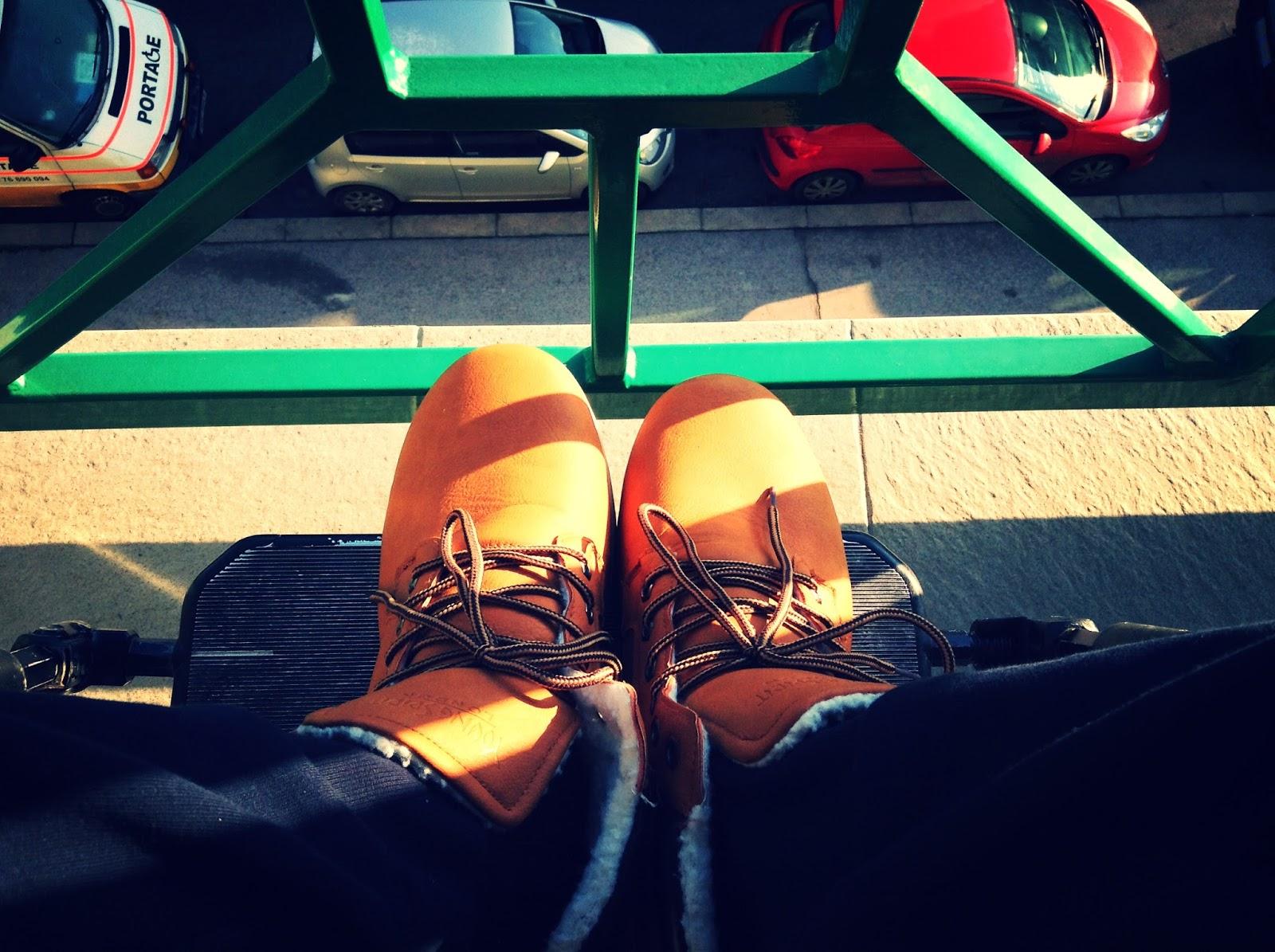 Tyhle boty stály taky pět stovek. Časy se mění e13a4392c0