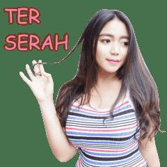 Sticker WhatsApp Cute Raden Ayu Novita