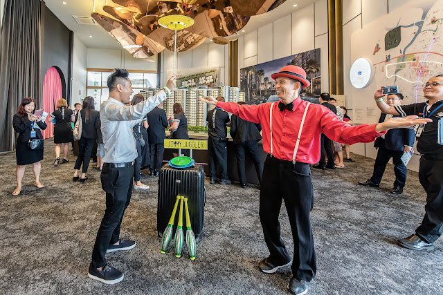 Roving Entertainer at Event Singapore