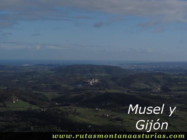 Vista de Gijón desde el Gorfolí