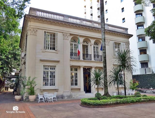 Vista ampla do Instituto Italiano de Cultura de São Paulo - Higienópolis - São Paulo