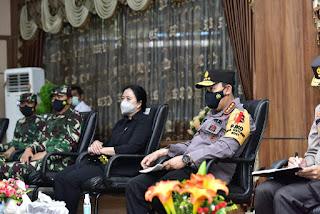 Bersama Panglima TNI, Kapolri Tinjau Pos Penyekatan Merak-Bakauheni