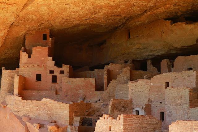 Mesa Verde Pueblos
