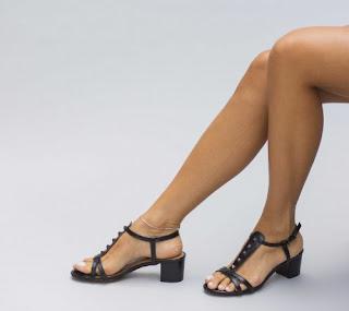 Sandale lejere negre de vara cu toc mic gros