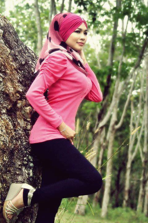 Malay girl zahirah - 1 2