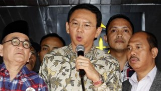 Humas PN Jakarta Utara Hasoloan Sianturi kembali memastikan bahwa jadwal dan lokasi sidang masih sesuai keputusan awal dan belum akan di pindahkan