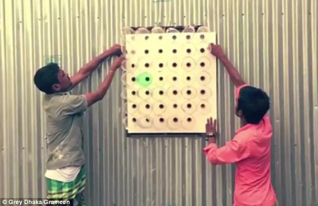 KEREN : Pendingin Ruangan Dari Botol Bekas Ini, Sudah Dipakai 25.000 Rumah Di Bangladesh.