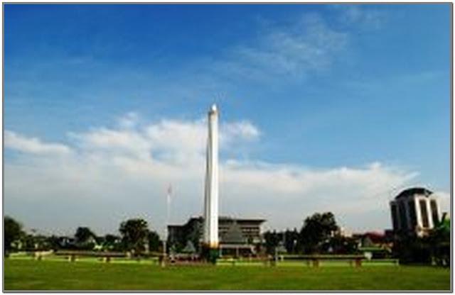 Tugu Pahlawan;10 Top Destinasi Wisata Surabaya;