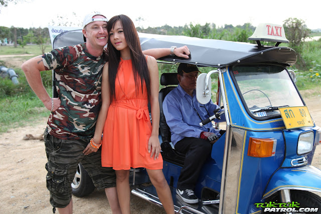 TukTukPatrol 023 – Kai Nee – Stood up and plucked for a nice Thai fuck