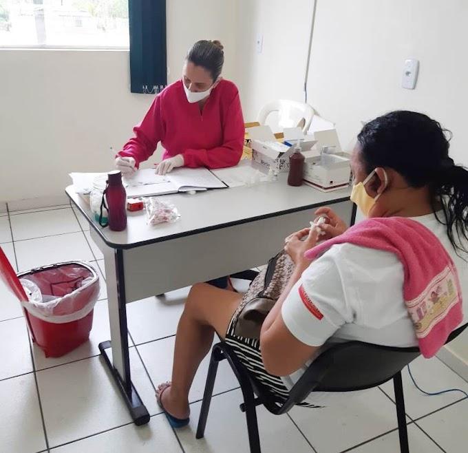 OUTUBRO ROSA: Mulheres receberam café da manhã e fizeram exames no PSF do Bairro Aeroporto