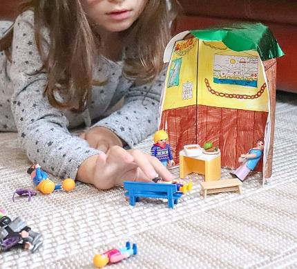 cabane en papier playmobil