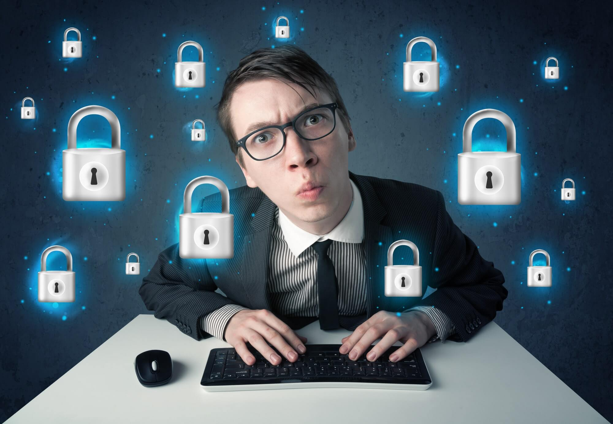 Как обезопасить себя в интернете от мошенничества