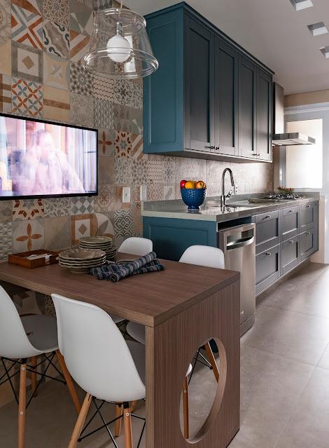 cozinha-colorida-porcelanato-ladrilho