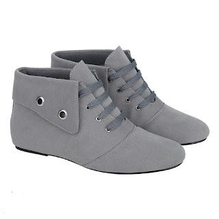 Sepatu Casual Boot Wanita Catenzo YE 090
