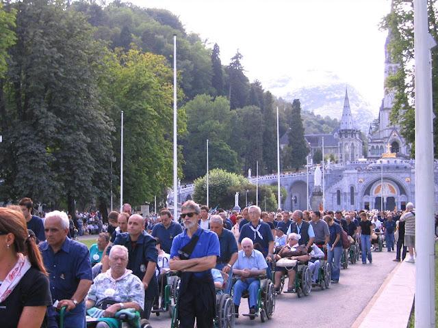 Procissão em Lourdes