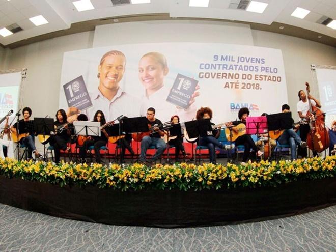 Programa 1º emprego convoca mais 157 jovens na Bahia
