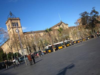 Edificio historico de la Universidad de Barcelona