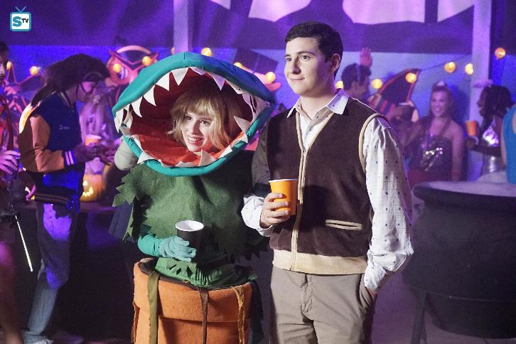 The Goldbergs - Episode 4.05 - Stefan King - Promotional Photos & Press Release