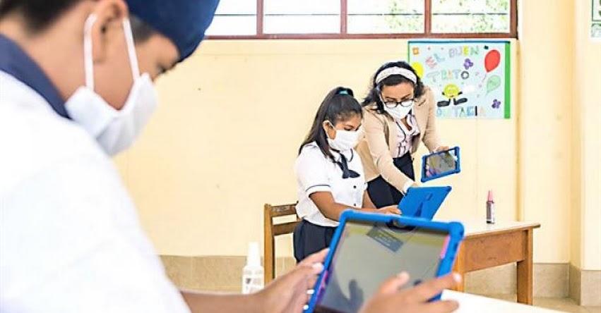MINEDU: Este lunes se inician clases semipresenciales en Escuelas de Zonas Urbanas