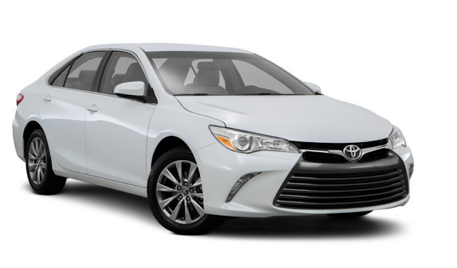 2018 Toyota Camry XLE Sedan Review