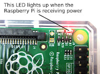 raspberry pi 3 red status led