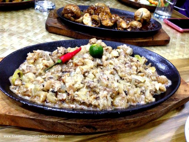 Pork sisig at Apag Marangle