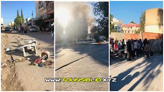 (بالفيديو و الصور) سبيطلة فوضي عارمة و غلق الطرقات و اقتحام بعض الإدارات بعد حالة وفاة مواطن ليلة البارحة على يد البلدية