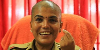kerala ips aparna lavakumar donated her hair cancer patients