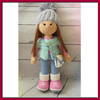 Preciosa muñeca amigurumi