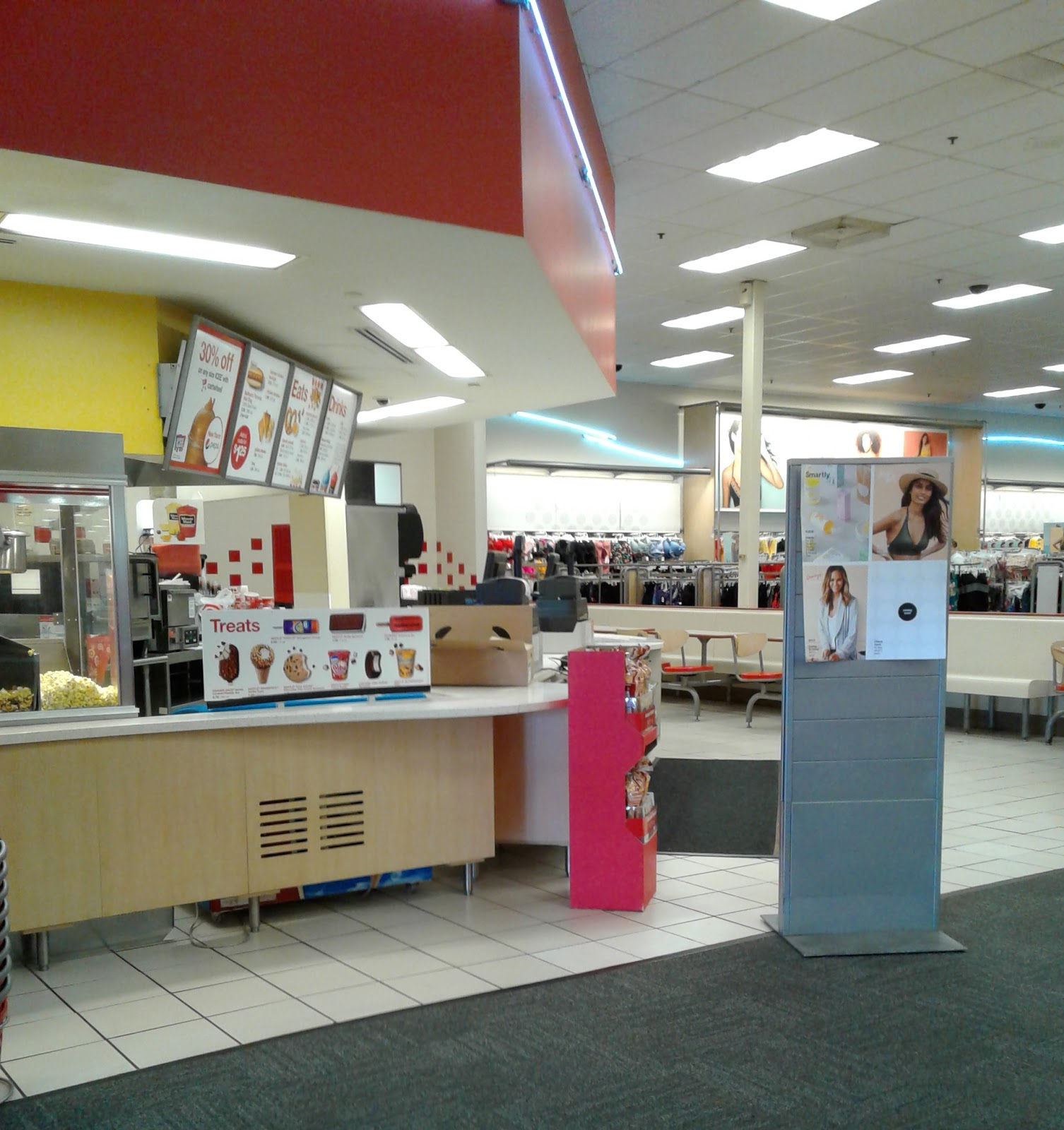 My Florida Retail Blog A Tale Of Two Targets Part 1 Let That Neon Shine